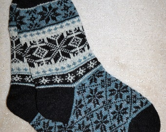 Wool Socks, Norwegian Scandinavian folk art, hand crafted 100% Wool, Fair Isle Snowflake Selbu Rose, size XLarge
