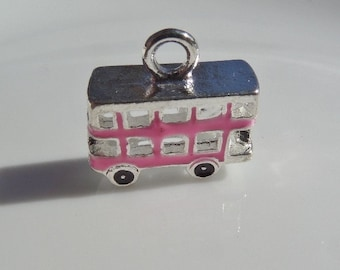 16mm. 2CT. Pink Double Decker Bus Charms, Y20