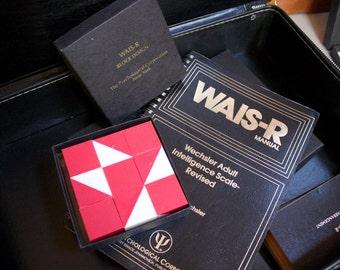 1981 WAIS-R Psychology Intelligence Test Kit with Original Case