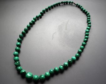 Vintage Retro 1950s Mid Century Green Malachite Bead Necklace, Graduated Bead