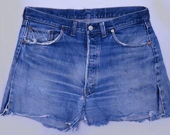Vintage Levis Redline 501 Indigo Denim Black Bar Single Stitch Cut Off Jean Shorts W 34