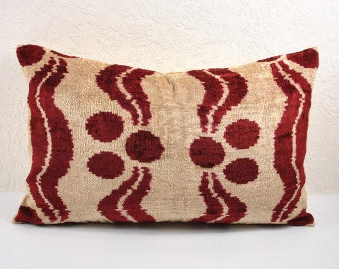Silk Velvet Ikat Pillow Cover Lp8, Bohemian pillow, Velvet Ikat Pillow, Velvet Pillow