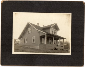 Antique Cabinet Card Photograph Victorian Bungalow House Historical Architecture Building Memorabilia Paper Ephemera