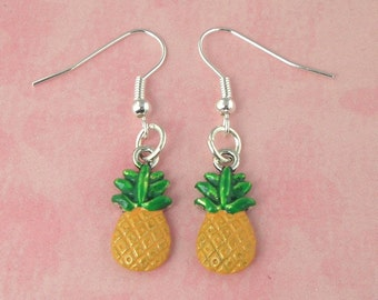 Pineapple Tiki Earrings - Vintage Inspired - Rockabilly Pinup Jewellery - Retro 50s Kitsch Earrings - Fruit Jewellery