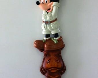 Disney Animal Kingdom- Disney souvenir- Mickey Mouse- safari- animals- back scratcher