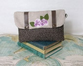Flower garden no.3 - Make up bag // Clutch// Cosmetic bag //Bridesmaid gift //Vegan // Vintage flower// Valentines day gift // Ready to ship