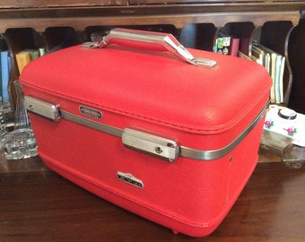 vintage Luggage... AmericanTourister RED HOT TRAINCASE suitcase Retro-road trip luv ...