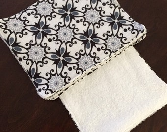 Cloth Towels Reusable Flannel black white flowers Wipes Set of 4