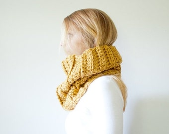 SUMMER SALE the ELKIN cowl - Chunky Ridged Cowl Scarf - muted mustard - Wool Blend