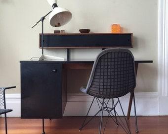 Original Greta Magnusson Grossman Desk Manufactured by Glenn of California