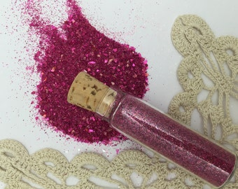 1 -1/2 oz german glass  glitter - hot pink  in glass corked vial-