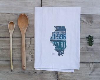Illinois Home Tea Towel | Vintage License Plate Art | Illinois State Outline Art | Chicago