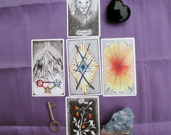 FIVE CARD Tarot or Oracle Reading - Divination