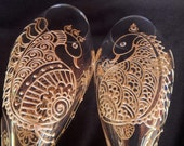 White Henna designed champagne flutes. Hand painted in Mehndi style designs.Dishwasher safe. Custom order for your wedding