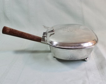 Silver Electroplate antique Silent Butler Crumb Catcher- Made in Italy- Wood Handle, hinged lid- good condition- Fine Dining