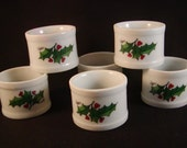 Set of 6 Napkin Rings Round White Porcelain with Holly and Berries Vintage