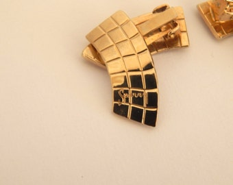 Gold Tone Clip On Earrings, Signed Sperry, Retro Geometric Pattern, 1960s Jewelry