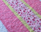 Valentine Hearts and Roses Table Runner Quilt - pink - green