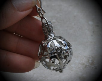 Large Flourish Filigree Design Prayer Box Locket in Silver Plated Three Dimensional Pendant Charm