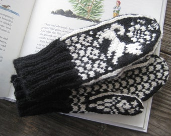 Scandinavian Style Mittens for Young Boy THEO