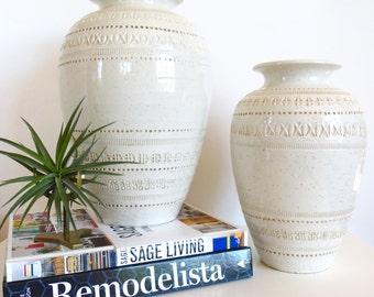 Mid Century Bitossi White Vase Italian Ceramic Pottery Italy Aldo Londi