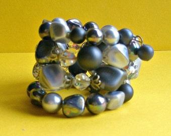 50's Blue Memory Wire Bracelet, expandable bracelet, blue stones, one size fits all sizes, mid century, original, Greece