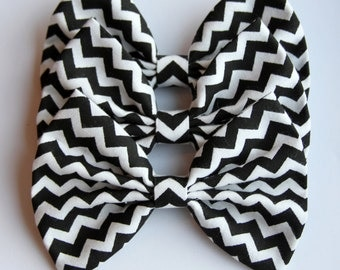 SALE - Ericka Hair Bow - Black And White Chevron Pattern Hair Bow with Clip
