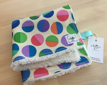 the chic lovey - colorful circles