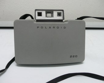 Vintage 1960s Polaroid 220 Camera