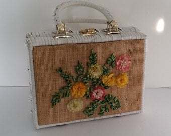Vintage White Woven Summer Purse with Raffia Flowers
