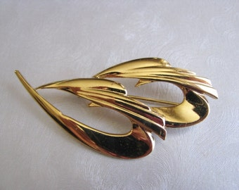 Vintage Goldtone Brooch - Vintage Decorative Pin - Unique Brooch - Statement Gold Plated Brooch - Easter brooch - Mothers Day Jewelry Gift