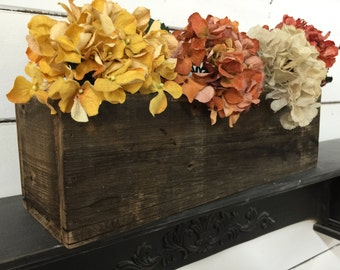 Barn Wood Box, Barnwood crates, Rustic box, Wedding Centerpiece, Primitive tool caddy, Primitive Box, Primitive Crate, Old Box, Antique Box