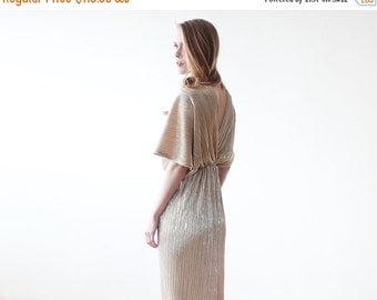 Maxi bat sleeves gold pleated dress, Gold maxi gown, Glamorous party dress