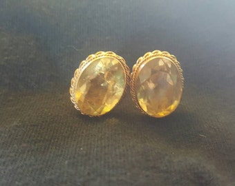 Vintage 70s Faux Gold and Pale Yellow Classic Sparkly Fancy Glamorous Screw Post Earrings
