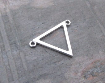 pkg of (1) - 15x22mm Sterling Silver Triangle Focal