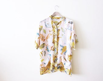 90s Shirt / 90s Silk Shirt / Novelty Print Shirt / Oversized Shirt / Fish Print Shirt / Seashell Shirt / Unique Shirt