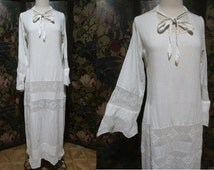 Off-White Muslin Gauze Crocheted Lace Dress- 1920's Simplicity