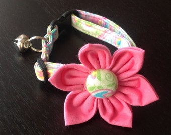 Cat Collar Flower Set - Pastel Paisley - Availlable In 3 Sizes