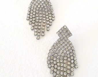 Rhinestone waterfall post earrings, ConMisManosVintage