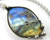 northern lights - labradorite pendant