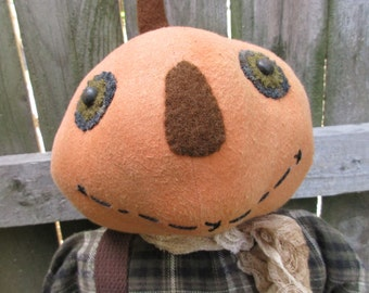 Primitive Pumpkin Head Scarecrow Doll with Crow, Pumpkin Man, Halloween, Handmade Doll, Primitive Doll, Thanksgiving