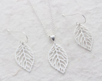 Genuine 925 Sterling silver Leave Necklace AND Sterling Silver leave Earrings. Silver filigree Leaf Set. Sterling Silver Set Jewelry.