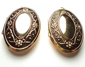 2 pcs - Gold plated ornate oval lockets with antiqued front, rhinestones - gpov1