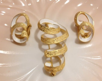 Kramer Gold And White Spiral Brooch and Clip Earring Set