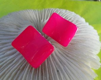 Vtg Clip On Earrings-hot Pink Enamels-C2474