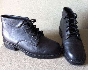 black leather 90s ankle boots by danexx, low heel. women's 5.5