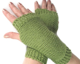 Knit Fingerless Gloves Arm Warmers Unisex Medium Green