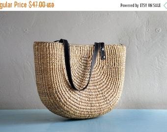 Sale Handwoven picnic tote// beach bag// beach bag tote// market tote