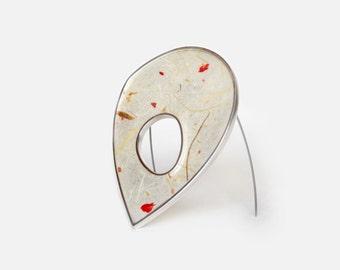 Geometric contemporary brooch