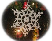 Crochet snowflakes ornaments Christmas decor White snowflake ornament White lace snowflakes Vintage Christmas decor D